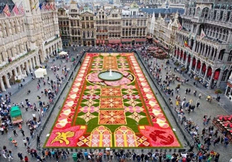 tappeto di fiori Bruxelles