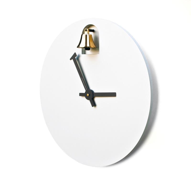 orologio da muro con campanella DINN by Alessandro Zambelli ...