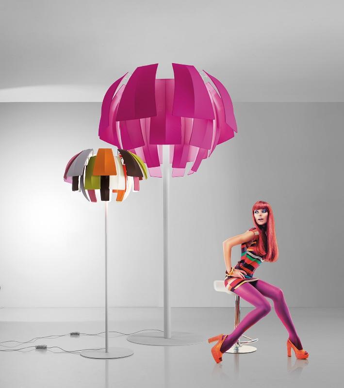nuova collezione di lampade colorate plumage di axo light. Black Bedroom Furniture Sets. Home Design Ideas