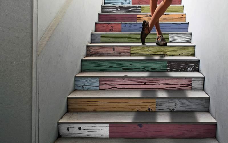 Rivestimenti archives design lover - Come arredare una scala interna ...
