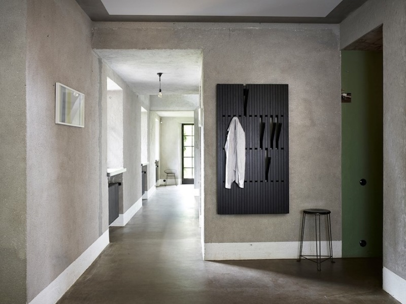 piano coat rack - per use