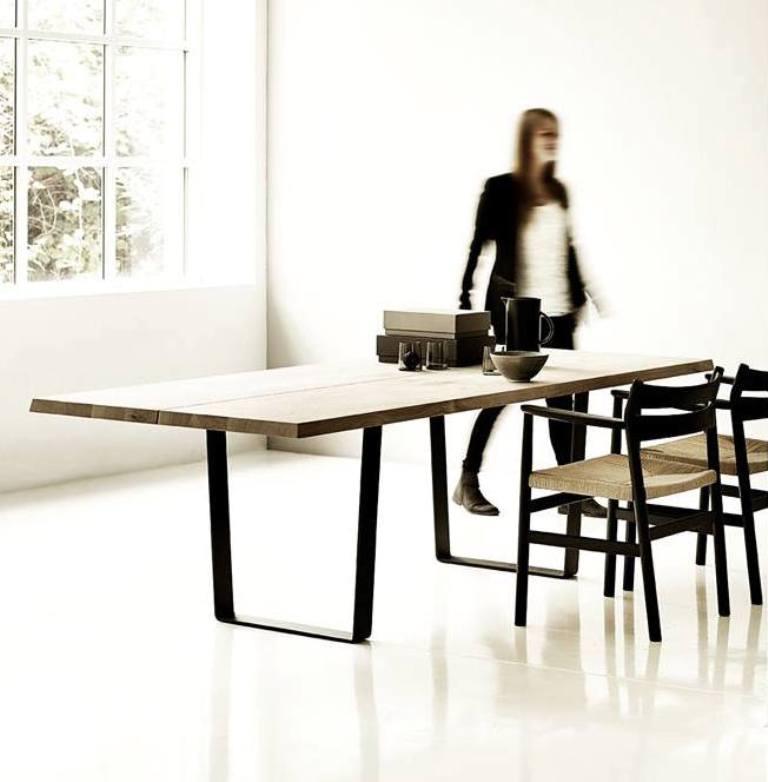 Lowlight Table - dk3