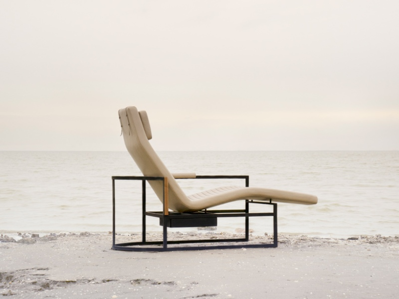 James chaise longue by stellar works