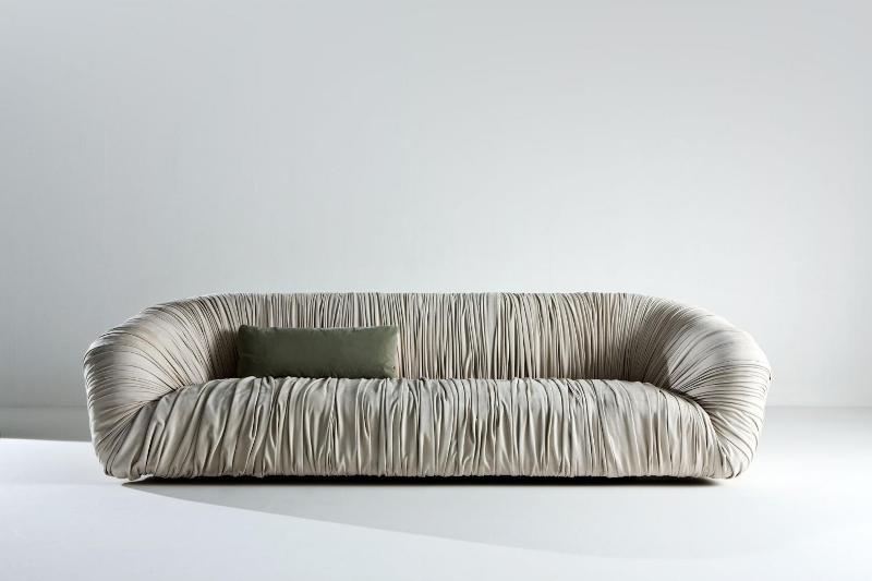 Drapé Sofa