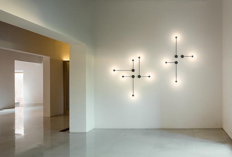 lampada da parete Pin di Vibia
