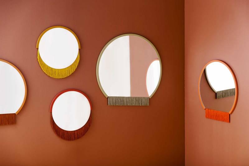 Boudoir Mirror di Tero Kuitunen