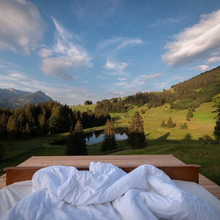 Dormire sotto le stelle nell'hotel a zero stelle