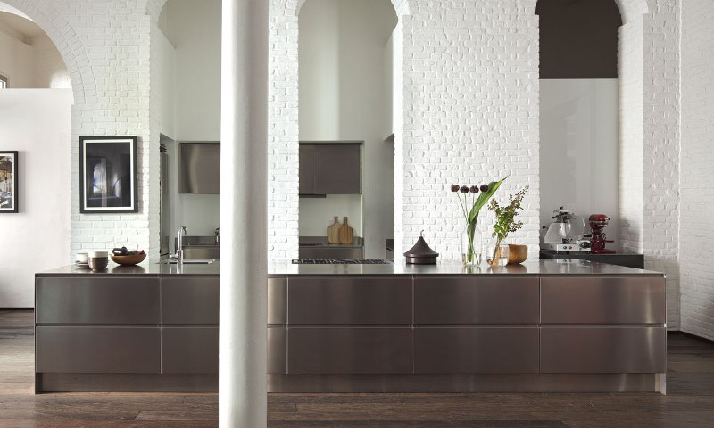 Cucine in acciaio inox per chi cucina in casa come i grandi chef design lover - Cucine in acciaio per casa ...